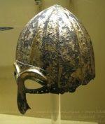 шлем из с. Никольское 13 век ::: РАЗНОЕ » Оружие / армия / фото 15053688 800 x 1198 io.ua