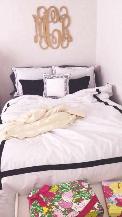 Love the monogram over the bed Pin: hsirles
