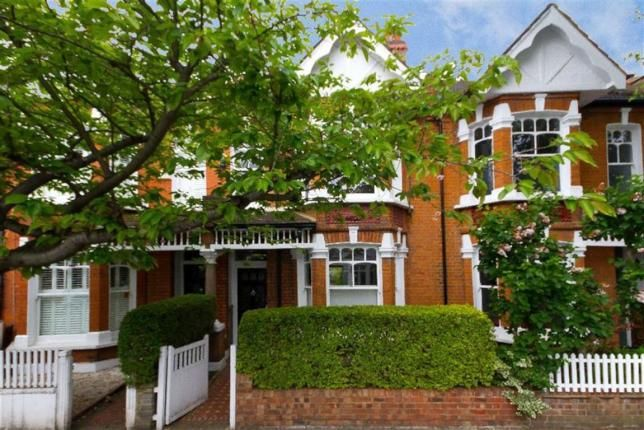 4 Bed Property For Sale, Rusthall Avenue, London W4, with price £1,450,000. #Property #Sale #Rusthall #Avenue #London