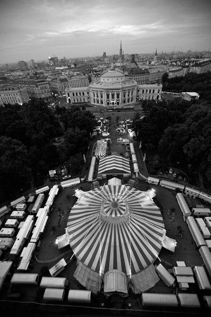 Fotograf Arnold Morascher »Circus Roncalli« - Zeitgenössische Fotografie - Bildwerk3