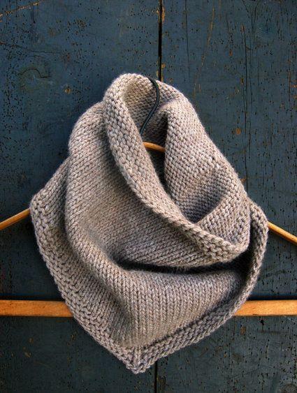 Free Knitting Pattern - Cowls and Neck Warmers: Bandana Cowl