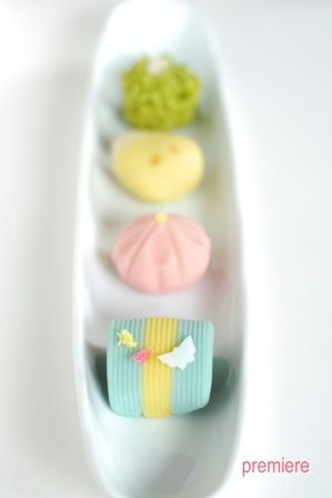 wagashi by premiere01, via Flickr