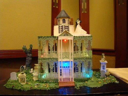 House modeled after haunted mansion