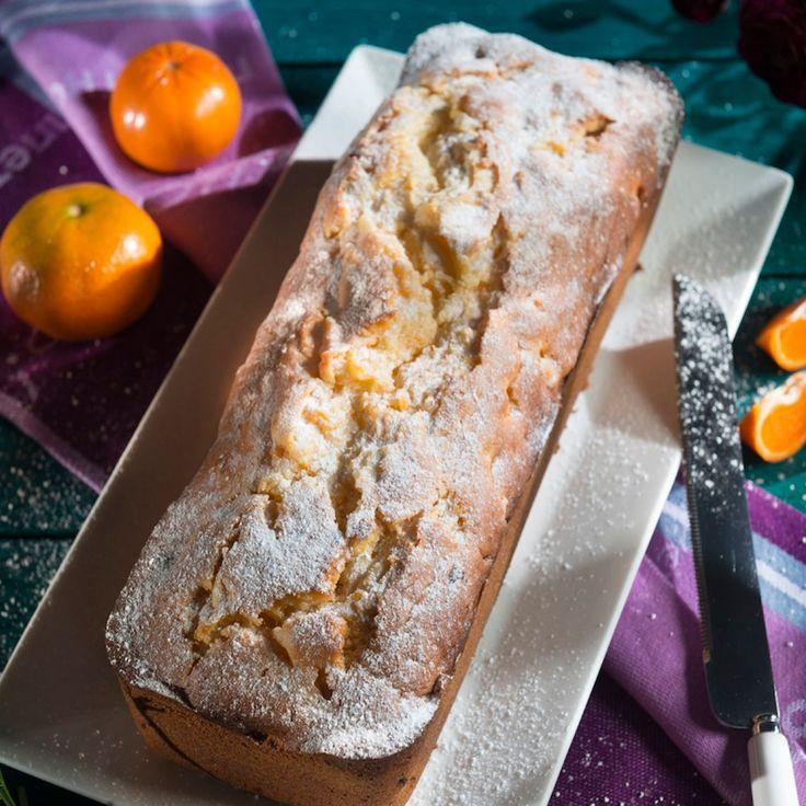 Läuten Sie das Wochenende locker-leicht mit einem Stück Mandarinen-Kuchen ein.