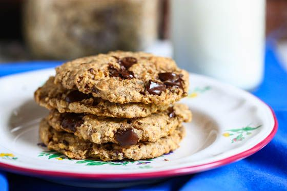 gluten freeChocolate Chips, Cookies Gluten Fre, Chocolates Chips Cookies, Butter Chocolates, Desserts Healthy, Eating Living, Almond Butter, Chocolate Chip Cookies, Gluten Free Cookies