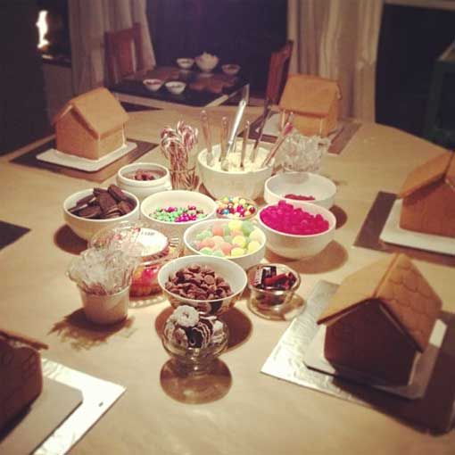 :: gingerbread house party ::