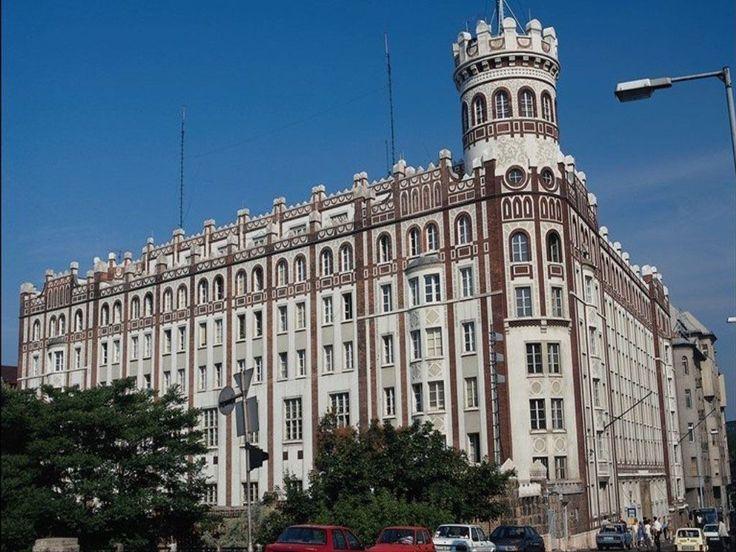 Палаци - Шпалери Для мобiльного телефону: http://wallpapic.com.ua/architecture/palaces/wallpaper-25163