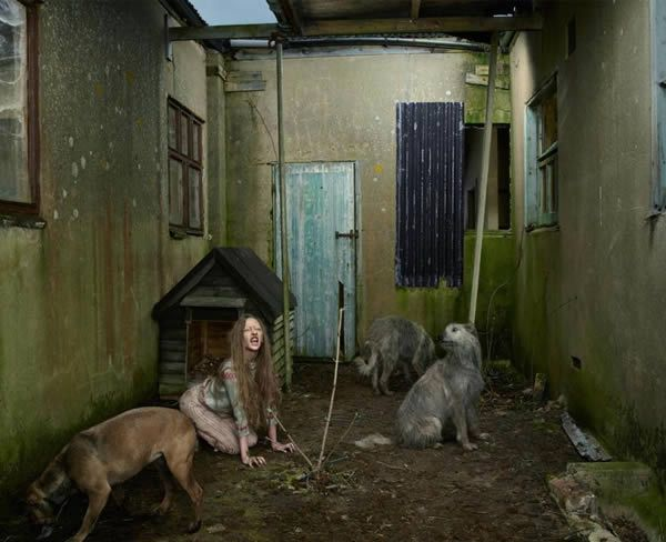 Oxana Malaya, lived with dogs for 6 years