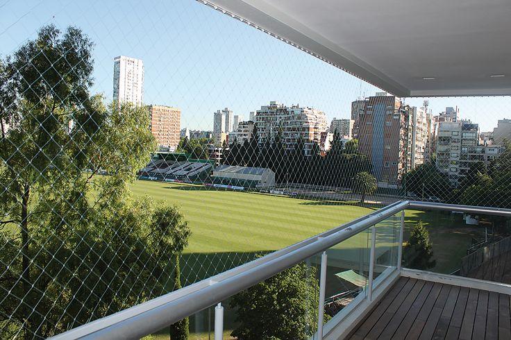 Redes de protección para seguridad de balcones de Senalt S.A. (Netzen), distinguida con el Sello de Buen Diseño 2013.