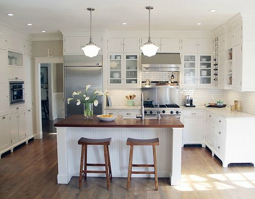sweet little white kitchen