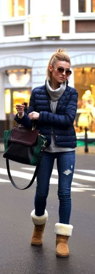 Fall fashion | Navy quilted coat with denim and boots: