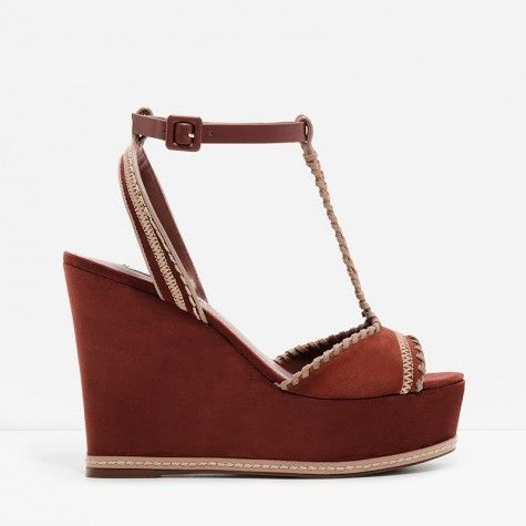 T-bar open-toe platform wedge brown sandals featuring a weaved stitch  design.