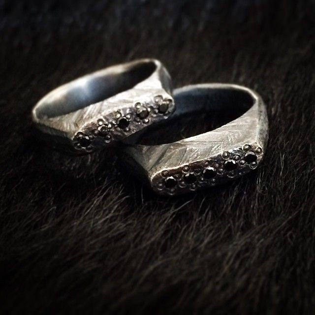 Costum made for a couples 5th anniversary #schmuck #jewelry #jewelryberlin #jewelrydesign #silver #silber #diamant #diamonds #diamantring #blackdiamond #kjeld #kjeldberlin #kjeldjewelry #schmuckberlinkjeldberlin