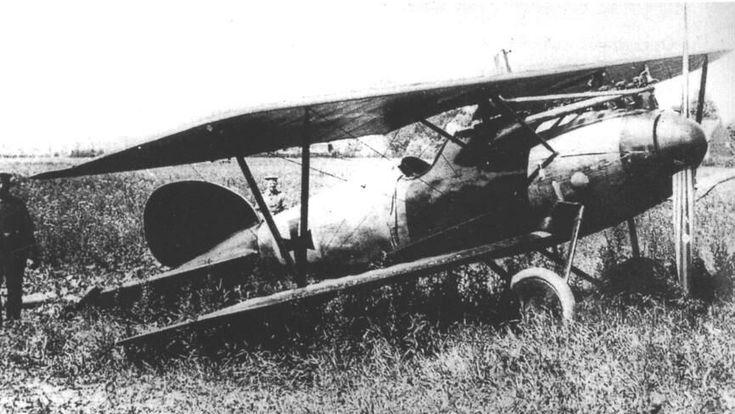 Richthofen's Albatros D.V after forced landing near Wervicq