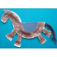 Paper plate horse craft for kids