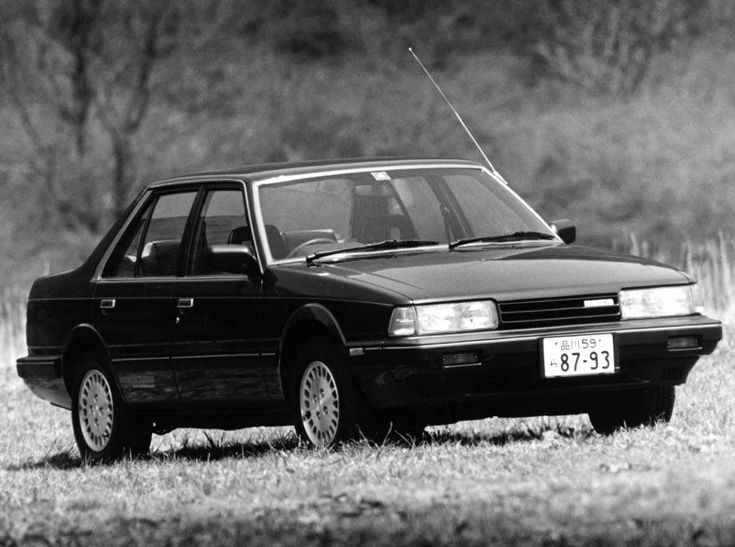Mazda Capella 2000 Limited Sedan (GCEP) '1982–87