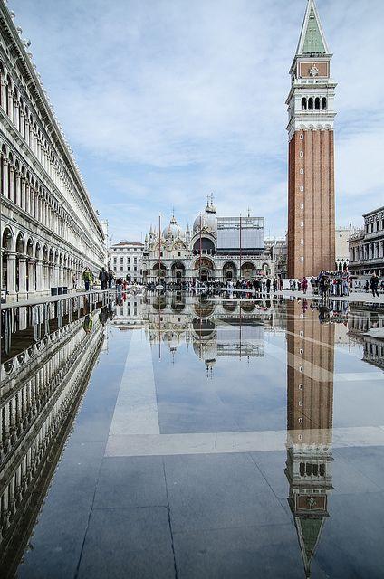 Plaza de san Marcos, Venecia, Italia.                              …