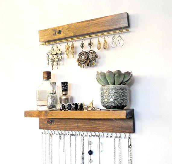 les 25 meilleures id es de la cat gorie porte bijoux mural sur pinterest stockage de collier. Black Bedroom Furniture Sets. Home Design Ideas