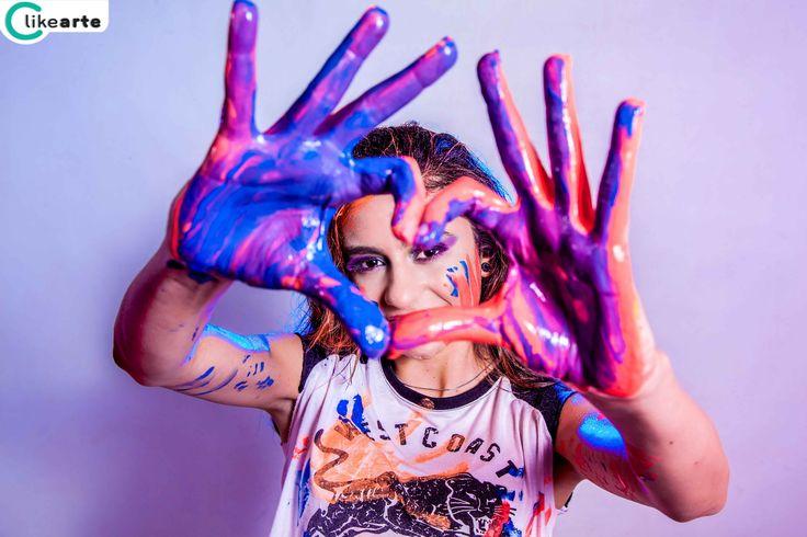 Carla realizo su book de 15 años en nuestro estudio fotográfico en Burzaco, Buenos Aires, Argentina. Le dimos un toque de color y diversión jugando con agua y pinturas.  Clikearte, fotógrafo de Quinceaños. Fifteen Photography,  photographer, Debutantes