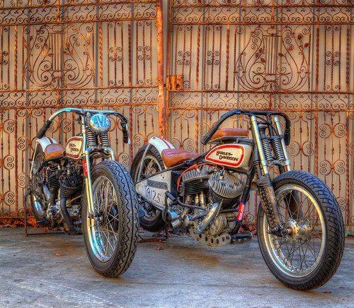Harley-Davidson Flathead bobbers