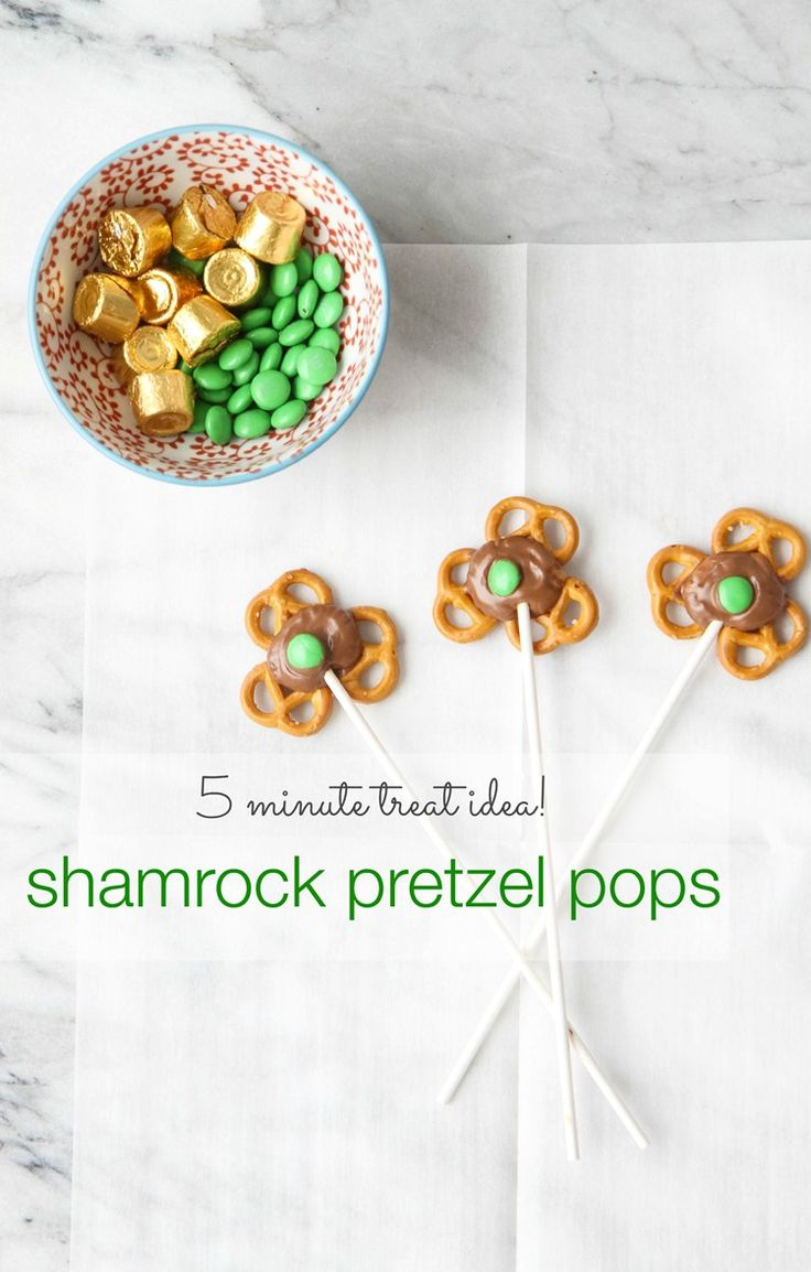 5 Minute Treat: Shamrock Pretzel Pops from MomAdvice.com.