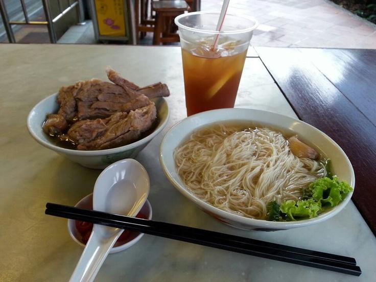 One of my favourite street food ~ Song Fa Bak Kut Teh in Clarke Quay singapore
