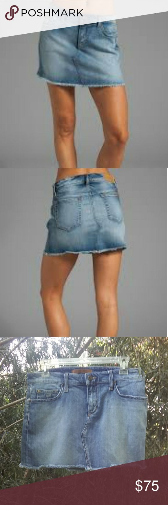 "Joe's Jeans Mini Skirt Vintage Reserve 1971 Joe's Jeans Mini Skirt Vintage Reserve 1971. Excellent pre-owned condition, like new! W 27, 13"" L in front, 13 1/2' L in back. Joe's Jeans Skirts Mini"