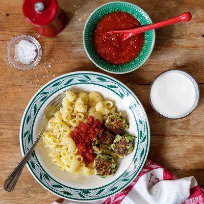 Zucchinibollar med pasta