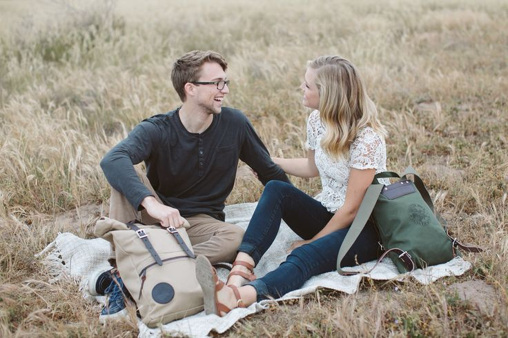 | www.duluthpack.com | Making memories with you since 1882. Made in America. Guaranteed for Life. Duluth Pack.  Products: Khaki Canvas Roll-Top Scout Pack and Olive Drab Canvas Scout Pack.
