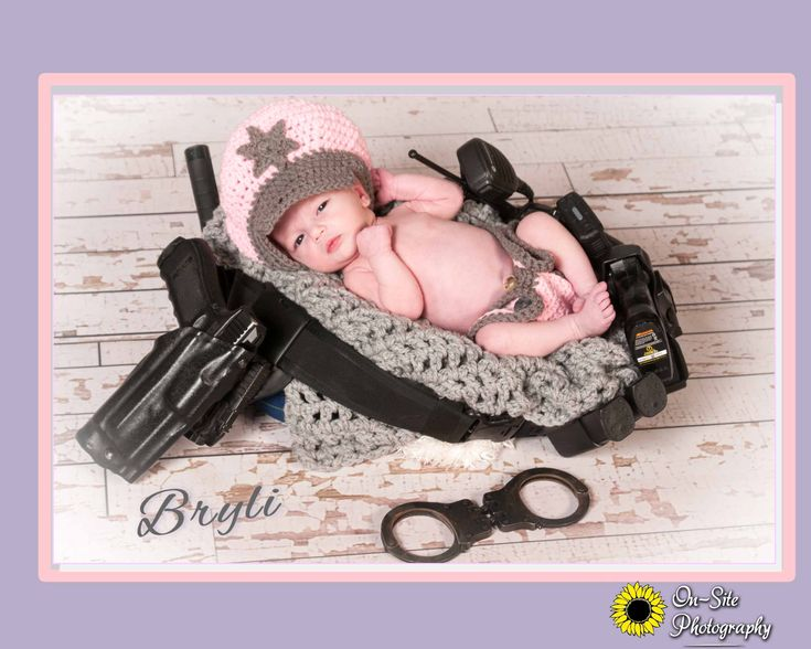 newborn duty cop belt, baby with dads police duty belt, newborn baby girl police officer daughter in duty belt www.On-SitePhotography.com