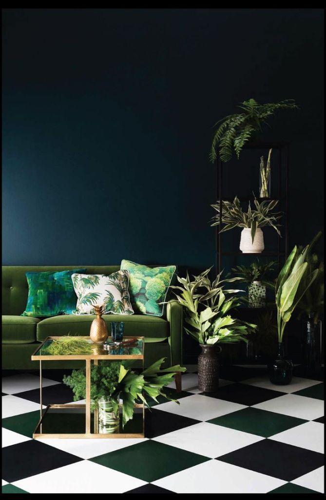 De woontrend voor 2015. Botanische prints! Op een donkere muur knalt het er extra uit. Groen, groen en nog eens groen!
