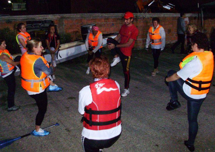 Isınma / Esneme hareketlerimizden bir kare :) Forza Rowing Club - Kasımpaşa - 18 Eylül ve Saat 20:30 (y)