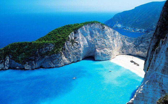 fond-d-ecrans-hd-avec-une-jolie-photo-de-la-mer-de-couleur-bleu-clair-une-jolie-vue-merveilleuse.jpg (700×437)