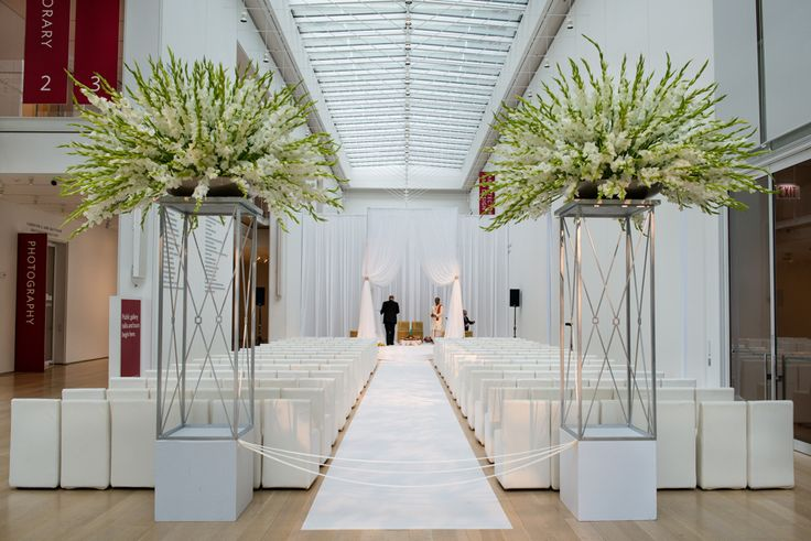 Sophisticated Contemporary Wedding Ceremony In: Best 25+ Modern Wedding Decorations Ideas On Pinterest