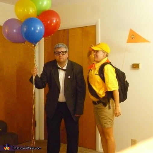 Carl Fredricksen and Russell from Pixar's Up! couple costume idea