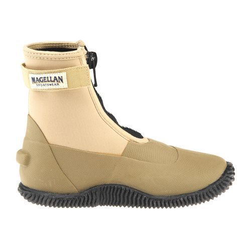 Magellan outdoors men 39 s neoprene wading boots fly for Fly fishing shoes