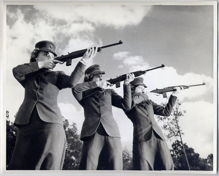 Marine Corps Wom...M1 Carbine Ww2