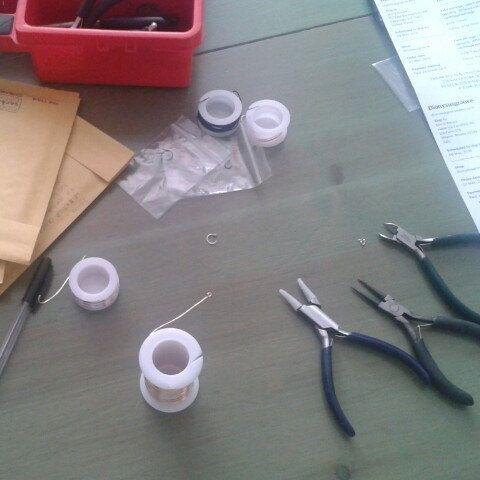 Preparing some orders to be shipped tomorrow!   Preparando gli ordini da spedire domani!