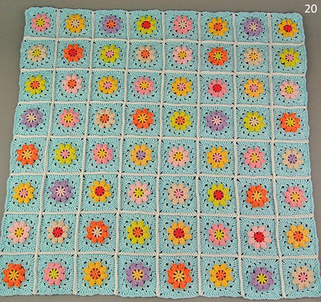 Free Primavera flower blanket joining and border tutorial