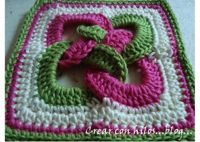 Interlocking ring crochet decorative potholder - instructions are in Spanish