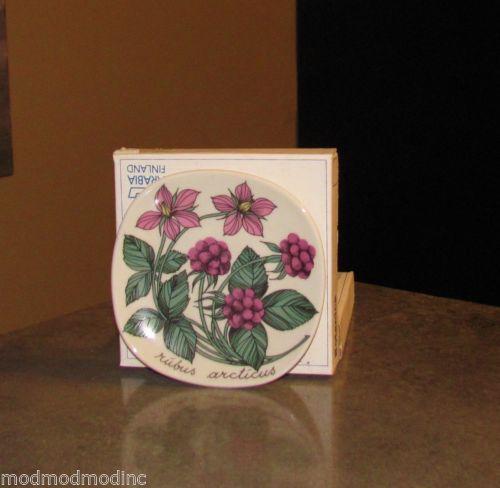 Arabia Finland Esteri Tomula Wall Plate Art Pottery Botanic Raspberry Modernist | eBay