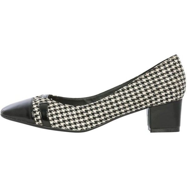 M&Co Checked Heeled Court Shoe (125 BRL) ❤ liked on Polyvore featuring shoes, pumps, black and white, black and white pumps, checkered shoes, formal shoes, black and white checkered shoes and black and white formal shoes