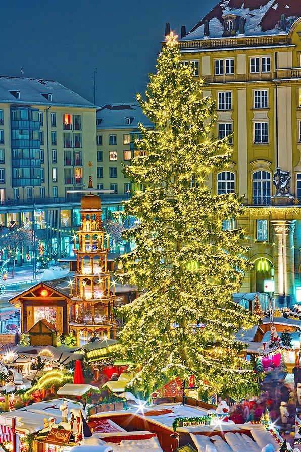 Striezelmarkt Dresden (Sachsen)