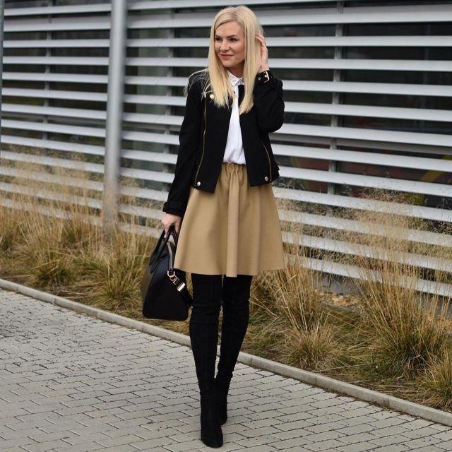 Boty a sukne Zara podobná sukně zde Kabatek Juicy Couture podobný zde - Módnípeklo.cz