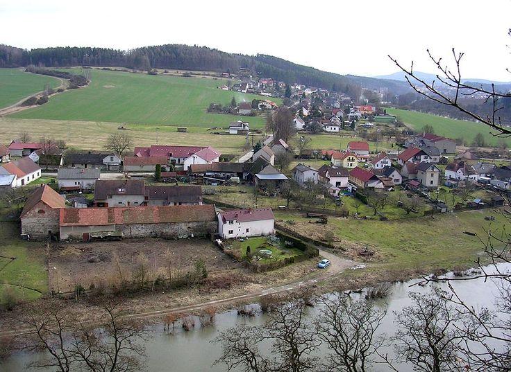 Zbořený Kostelec, vesnice (01).jpg