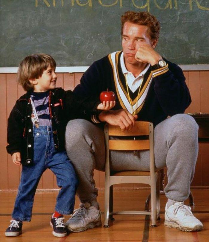 Arnold Schwarzenegger and Miko Hughes in Kindergarten Cop