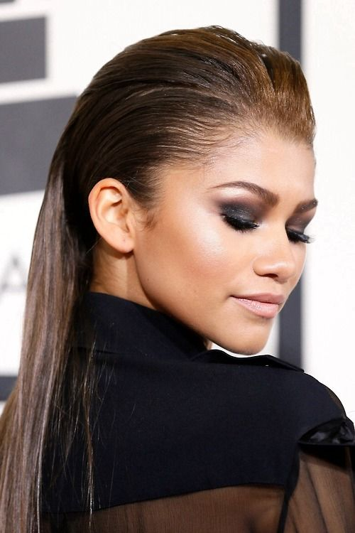 Zendaya Coleman Sleek back and straight hair #sleek #shinyhair #straighthair