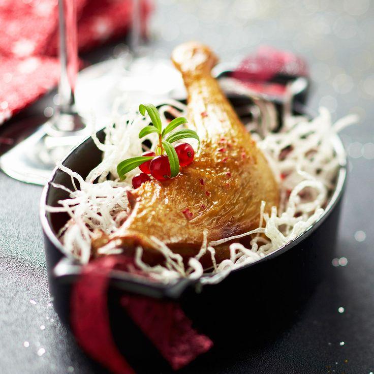 Découvrez la recette Cuisse de canette rôtie sur cuisineactuelle.fr.