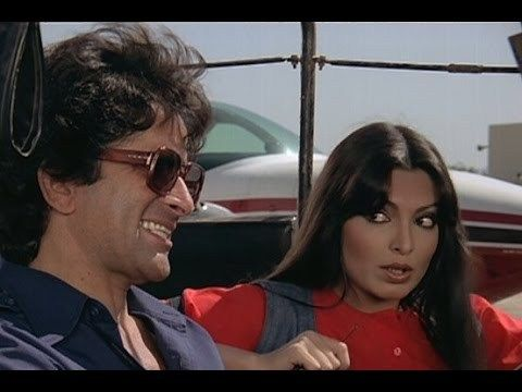 Watch Old Namak Halaal - Amitabh Bachchan | Shashi Kapoor | Parveen Babi | Full HD Bollywood Comedy Movie watch on https://free123movies.net/watch-old-namak-halaal-amitabh-bachchan-shashi-kapoor-parveen-babi-full-hd-bollywood-comedy-movie/
