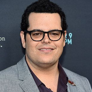 "Le Fou (Josh Gad) | Here's What The Live-Action ""Beauty And The Beast"" Cast Looks Like"